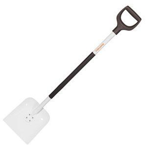 Лопата совковая Fiskars облегченная (1019602/132503)
