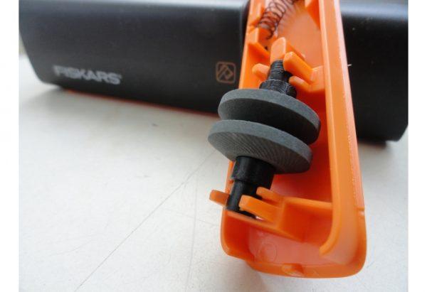 Точилка для топоров и ножей Fiskars Xsharp (1000601/120740)